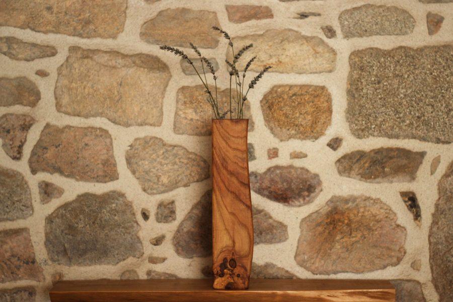 Wooden-vase-design-FabsFurniture