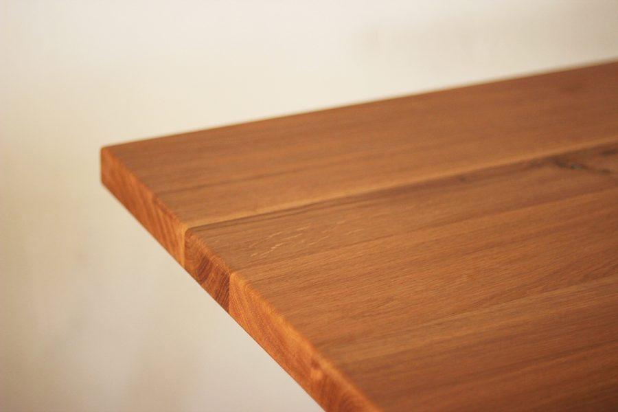Oak-table-top-finishing-FabsFurniture