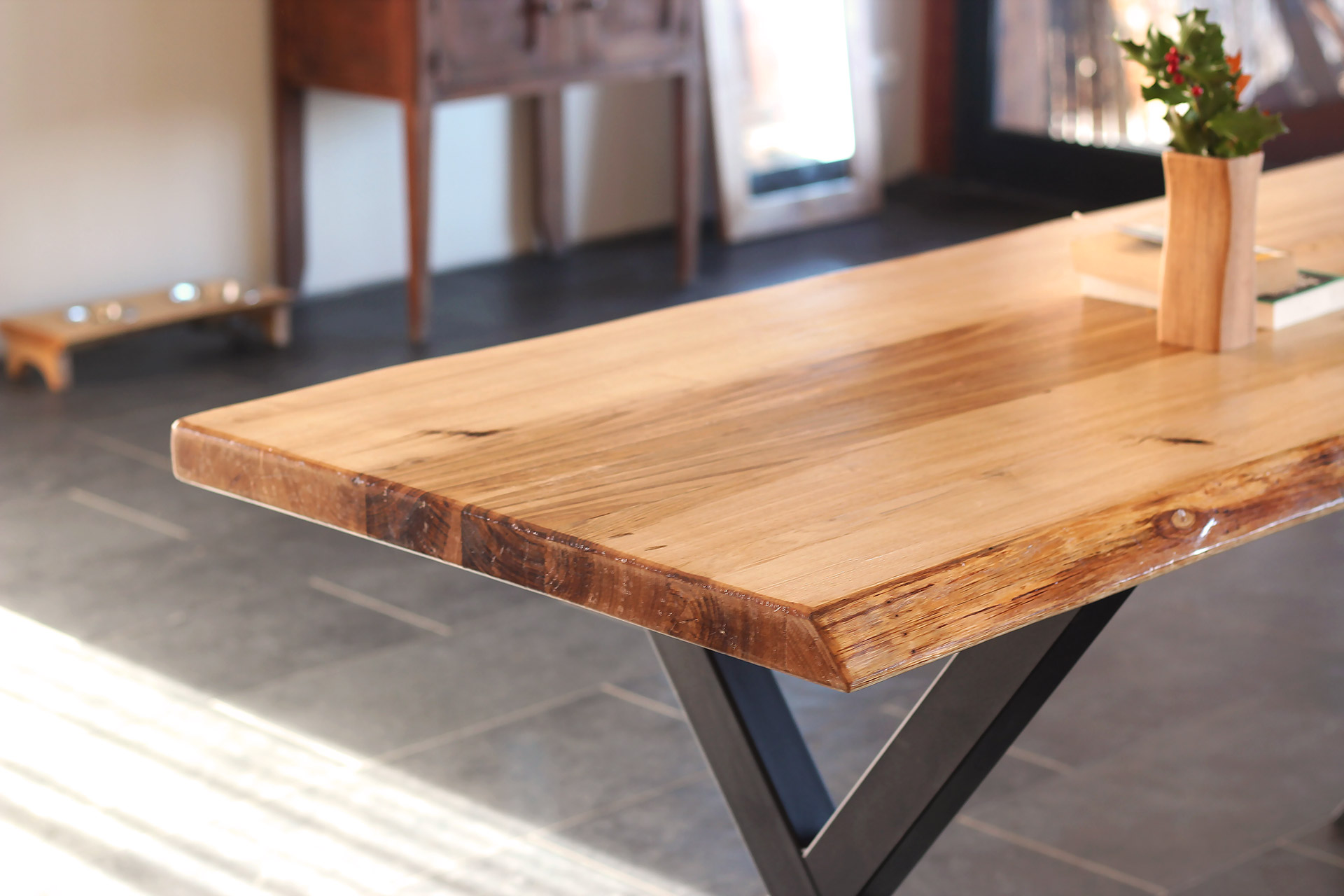 chestnut-dining-table-FabsFurniture