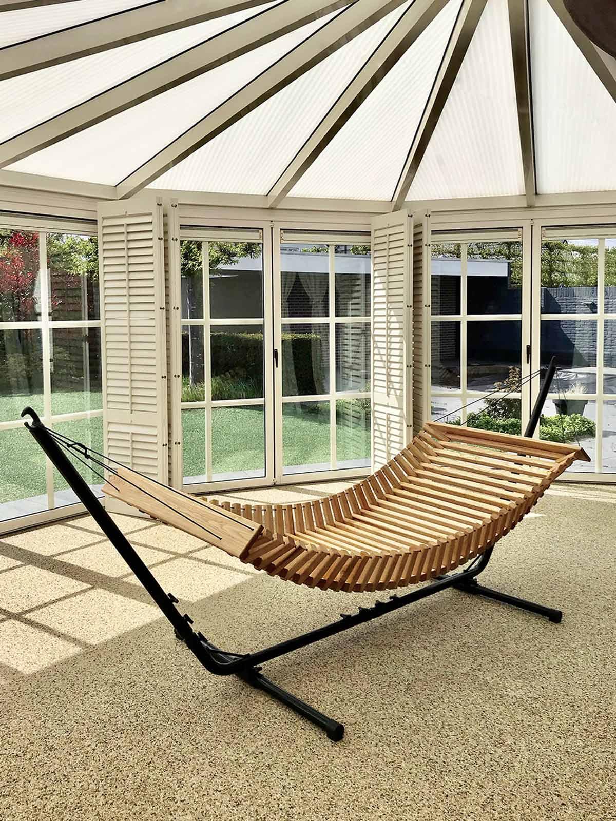 FabsFurniture-Wooden-Hammock-Eindhoven-garden-patio
