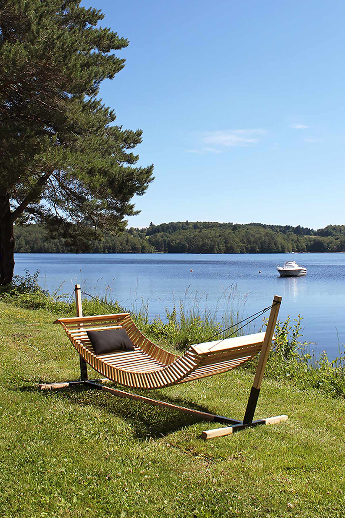 FabsFurniture- Wooden Hammock - with wooden stand