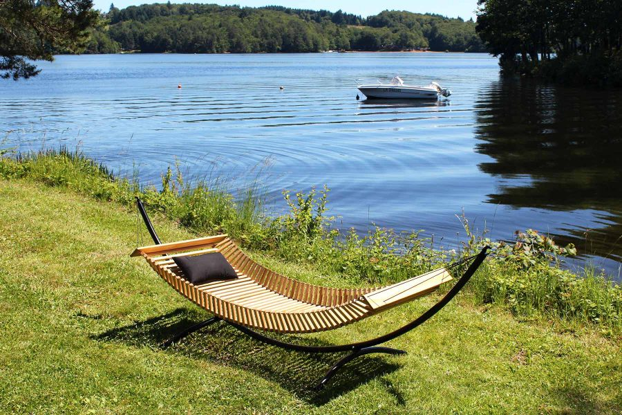 FabsFurniture-Wooden-Hammock-with-curved-stand